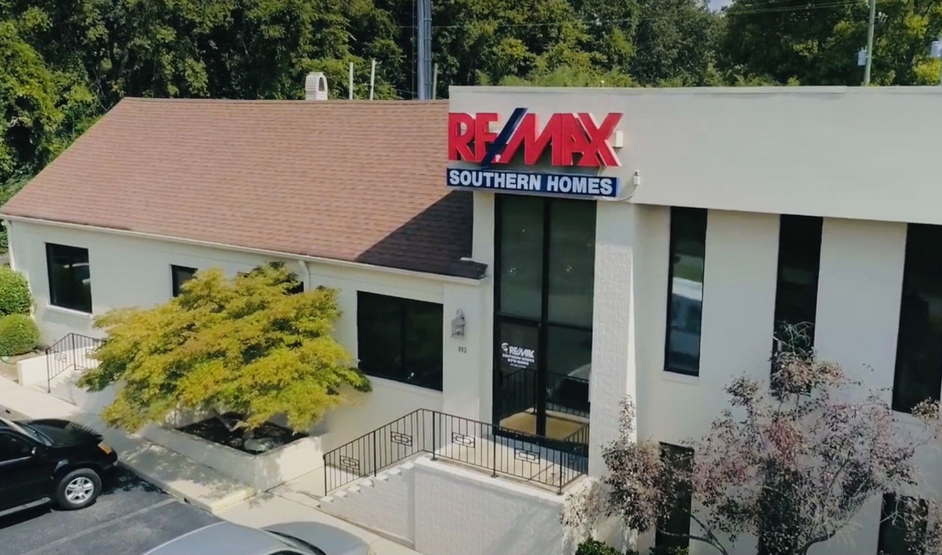 RE/MAX Southern Homes Offices