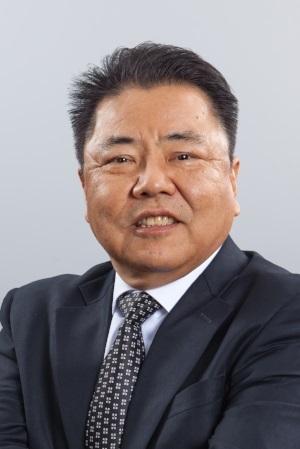 Terry Okuyama