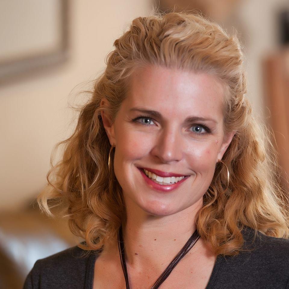 Maggie Easton