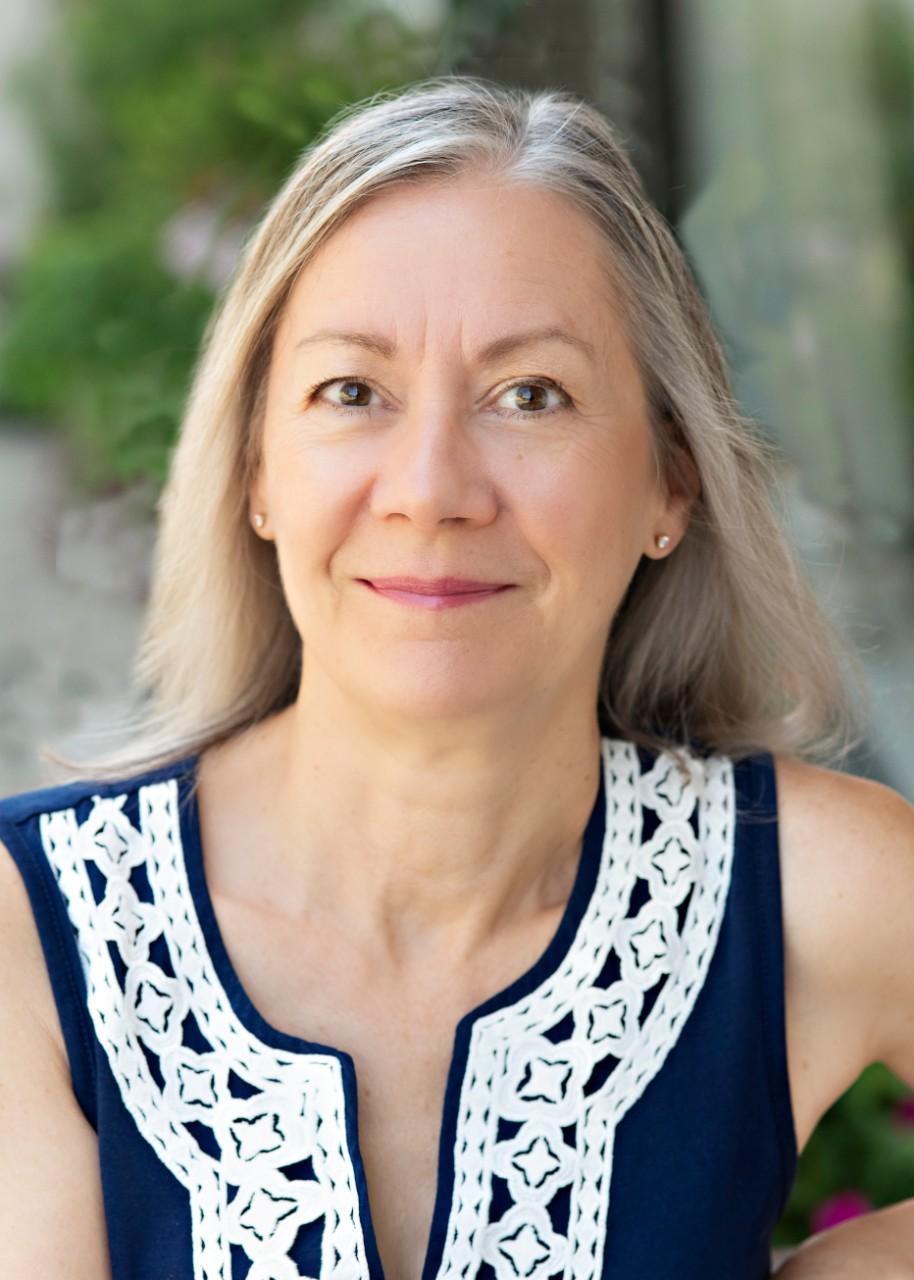 Julie Mazur