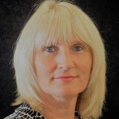 Gail Earl