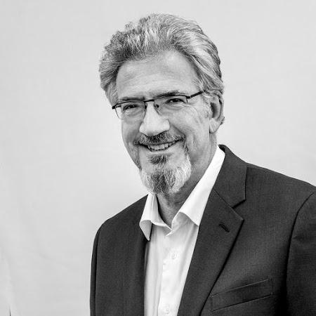 Julian Brogi