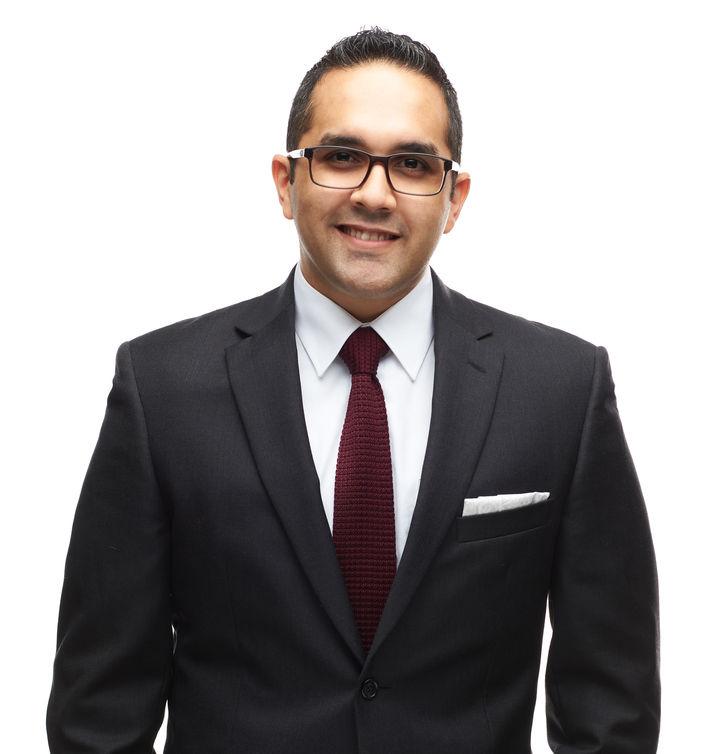 Dennis Santiago