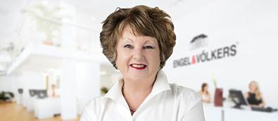 Carole Woodward