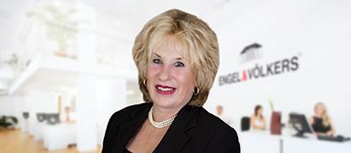 Carol Shuttleworth