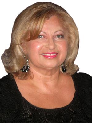 Martina Owens
