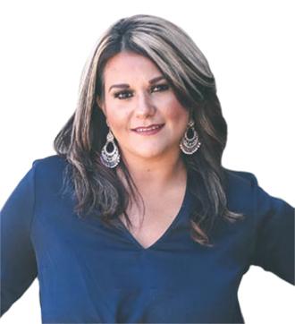 Karina Zamora