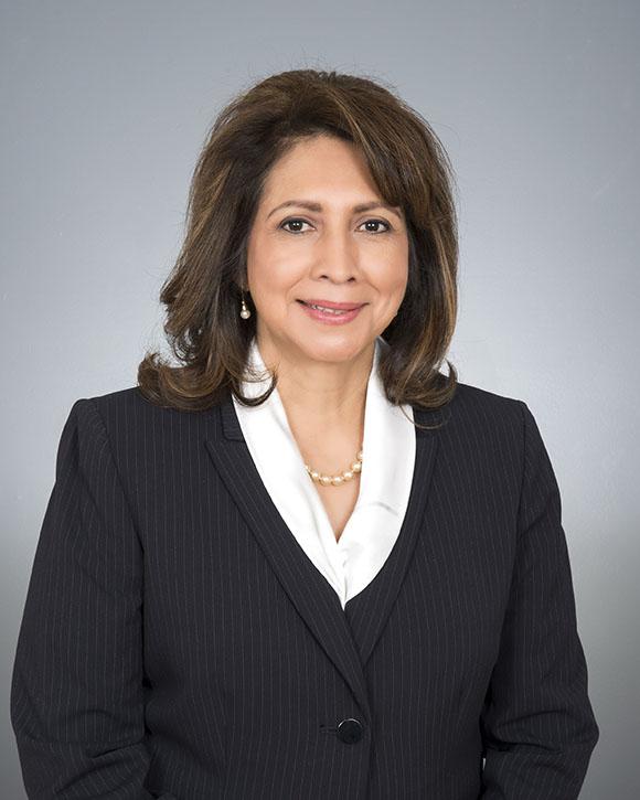 Corina Flores-Moradi