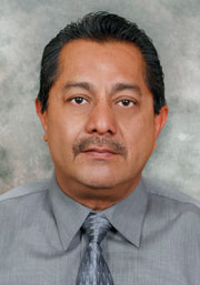 Robert Carrillo